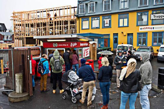 Essen Schlange Hot-Dog Reykjavík