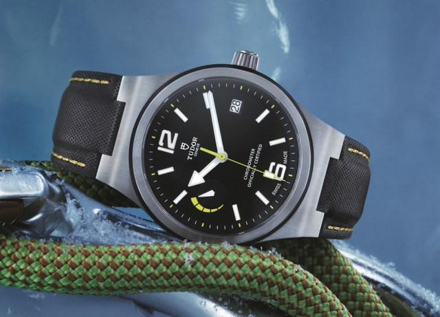 91210N TUDOR NORTH FLAG STRAP