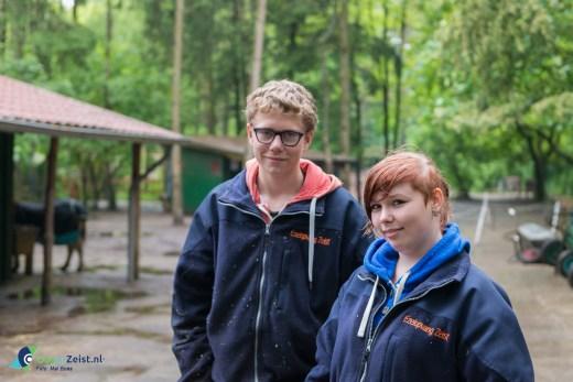 Gwen & Rik vrijwilligers bij de Ezelsociteit