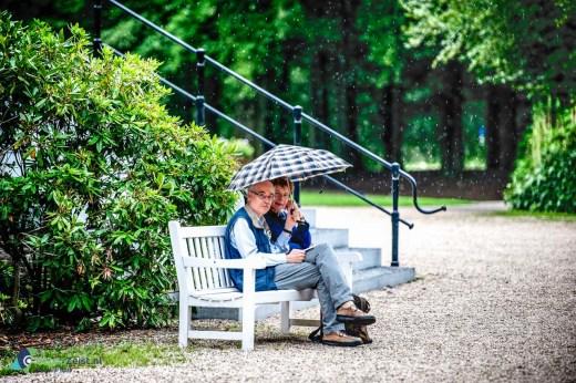 Samen onder moeders paraplu