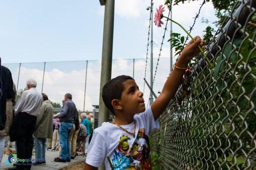 Nasr op bezoek bij het detentiecentrum in Zeist