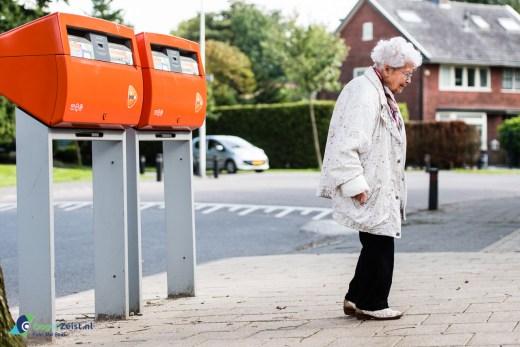 Hoe lang duurt het nog voordat de laatste brievenbus uit het straat beeld is verdwenen.