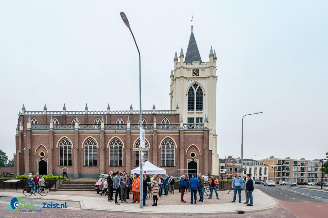 Opening van de Kruising aan de Utrechtseweg in Zeist