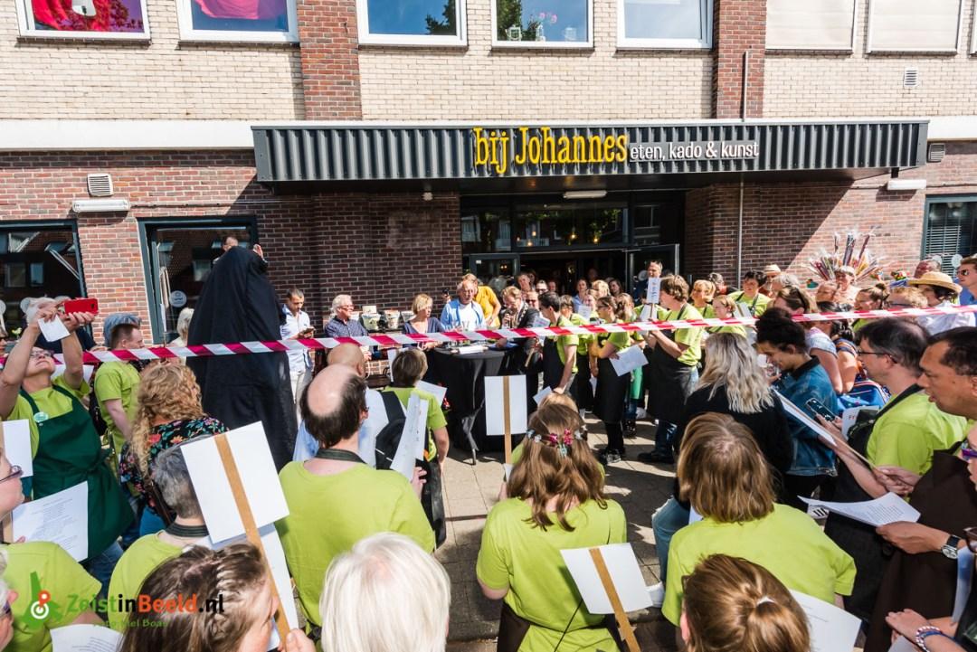 Opening Bij Johannes op de Montaunbanstraat