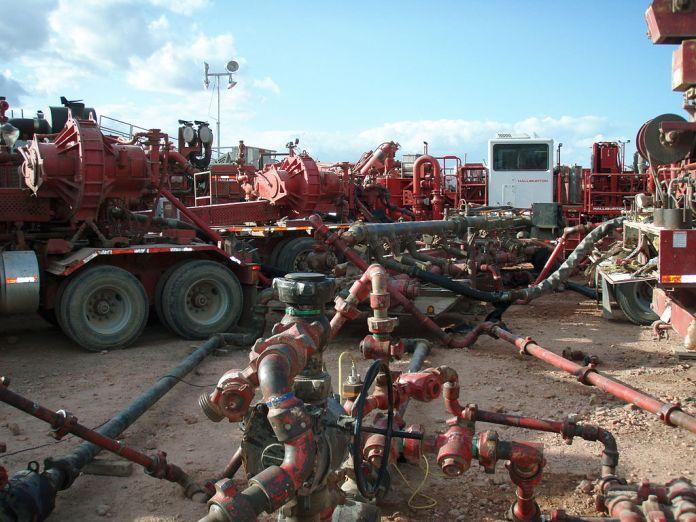 Grüne im Dienst der Kriegshetzer und Fracking-Gas-Lobbyisten