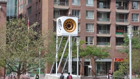Horloge solaire by André Mongeau