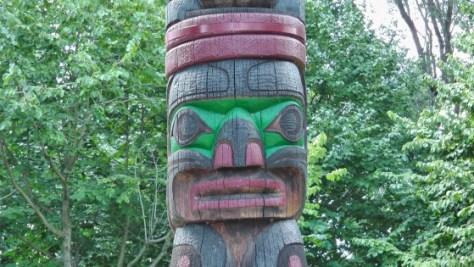 Kwakiutl Totem by Tony and Henry Hunt
