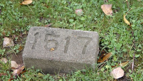 An Unmarked Child's Grave at The Baron de Hirsch Cemetery