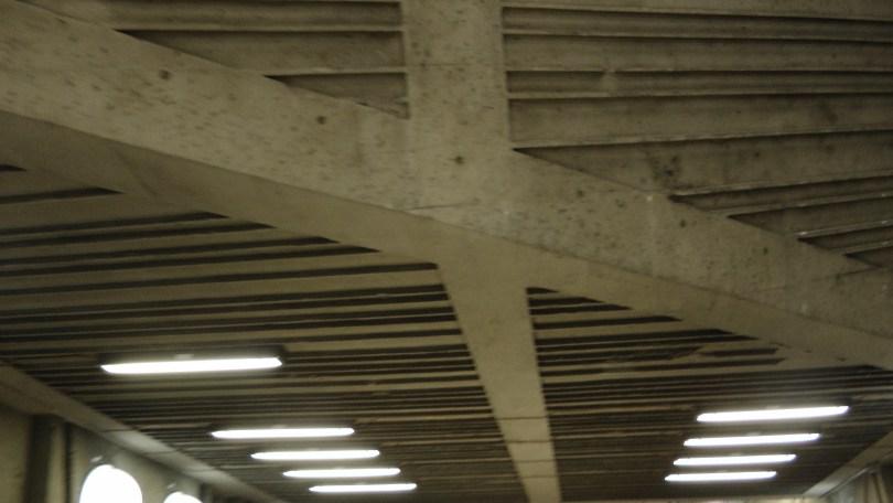 Inside the metro de la Savane (view of the lights)