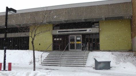 The rear of the southern entrance to Métro Joliette.