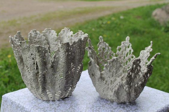 За такою ж схемою можна робити будь-які садові скульптури з тканини.