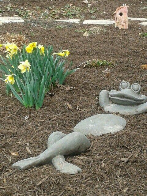 Рукотворні декоративні елементи вашого саду – це однозначно тільки ваша заслуга