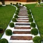 Садові доріжки – 50 ідей з фото