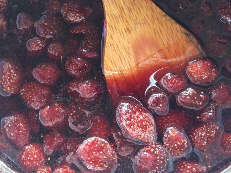 Варимо варення з полуниці лише 5 хвилин