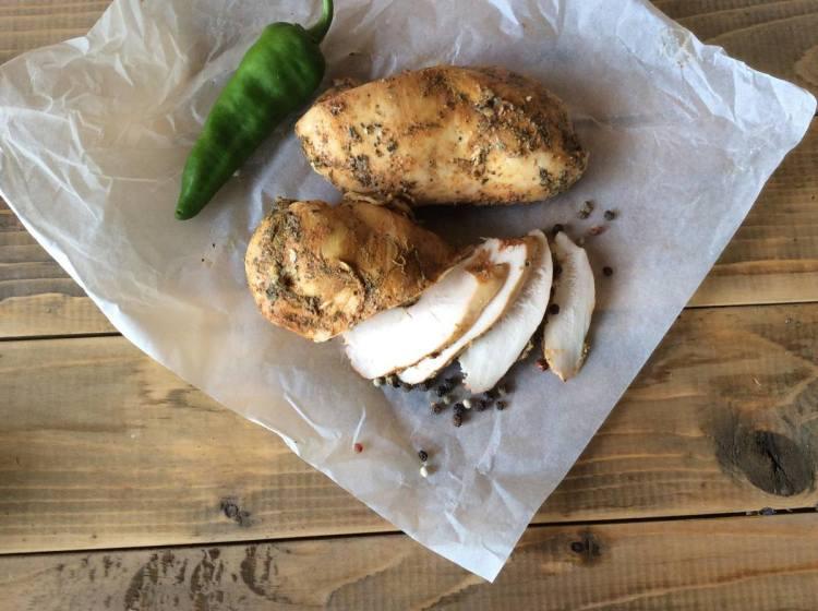 Куряче філе можна використати для приготування різноманітних страв
