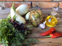 Осінній салат з баклажанів до м`яса