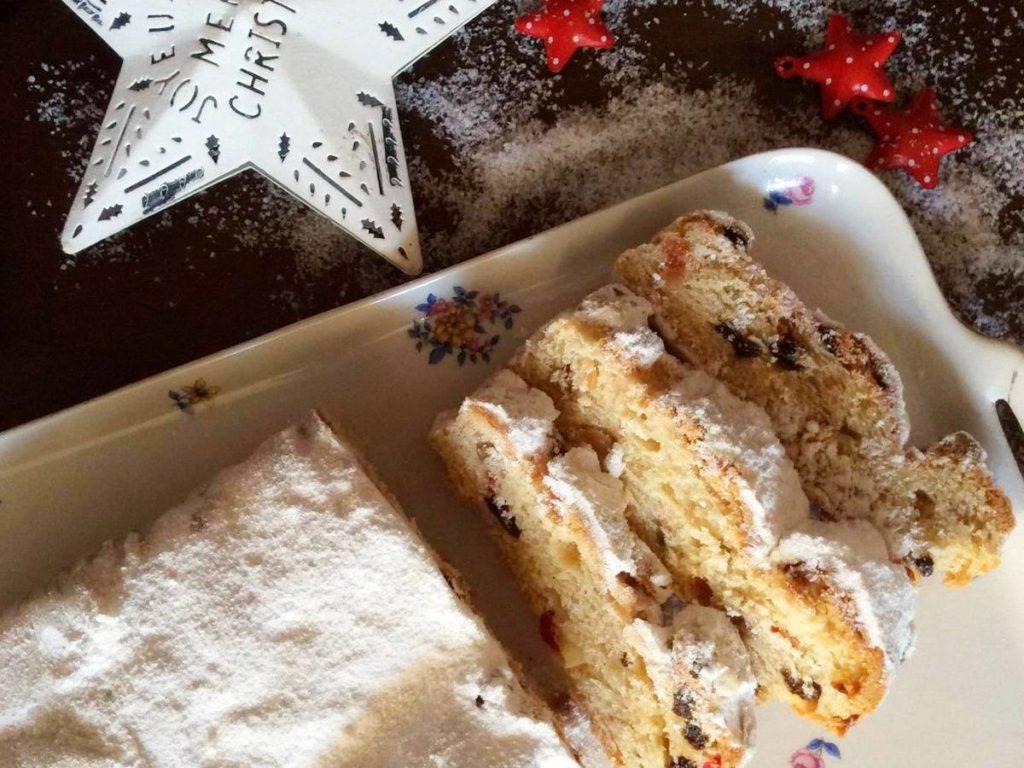 Штоллен — німецький різдвяний кекс