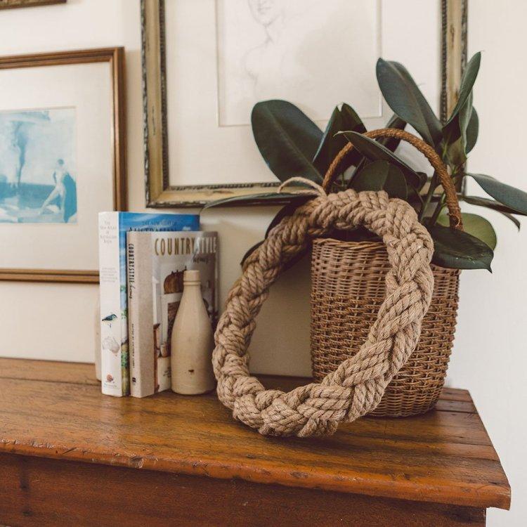 Декоративний вінок з мотузки