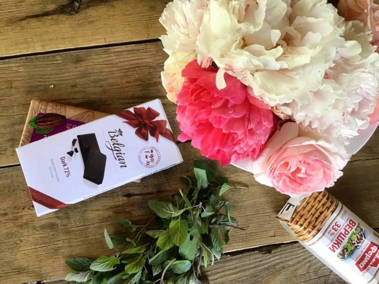 Інгредієнти для м'ятно-шоколадних домашніх цукерок