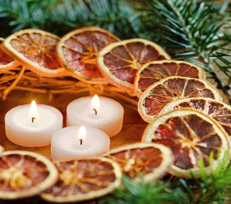 Новорічні прикраси з апельсинів