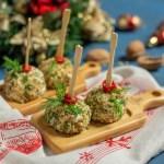 Закуска «Новорічні кульки» з сиром та куркою
