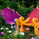 Лавки, стільці, крісла та інше для відпочинку в саду — 40 ідей з фото