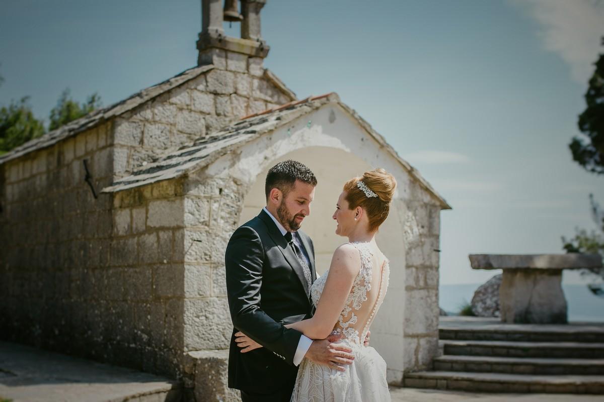 first look croatia wedding