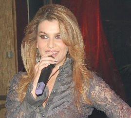 leonora-jakupi