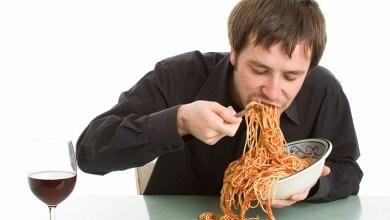 Photo of Personat që hanë shpejt janë më të rrezikuar nga sëmundjet e zemrës