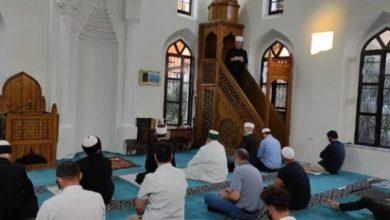 Photo of Besimtarët myslimanë në Shqipëri festojnë Kurban Bajramin