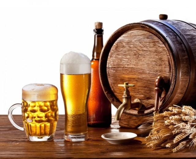 Oktoberfest, stappare una cassa di birra