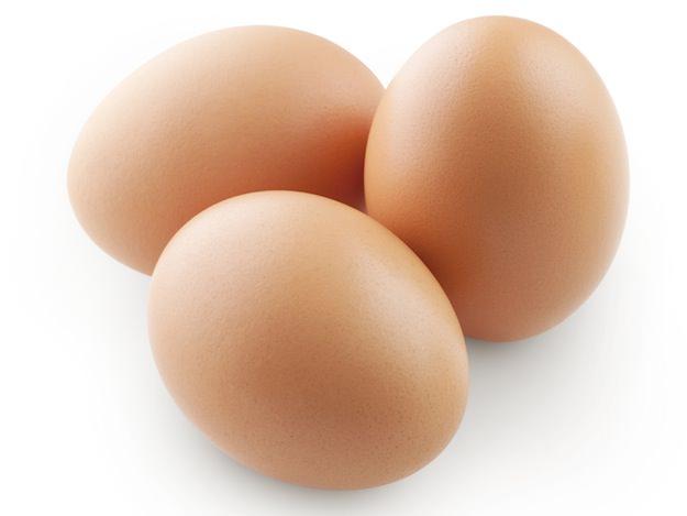 sbucciare un uovo