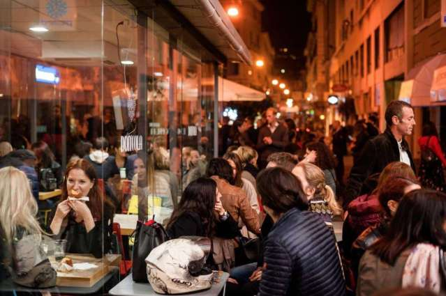 Via Cesarea Street food