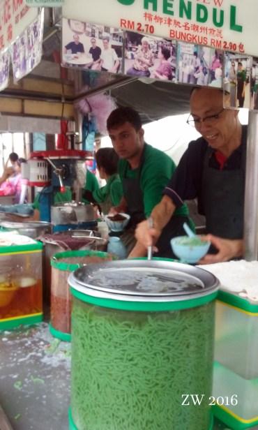 Chendul de gusanitos de gelatina verde