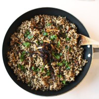 One-Pot Mujadara (Syrian Bulgur and Lentils) with Cucumber Mint Yogurt (Vegan)