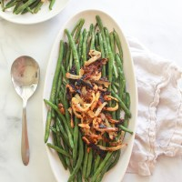 Lemon Garlic Green Beans with Chickpea Fried Onions