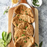 Easy Chicken Style Seitan (Vegan)