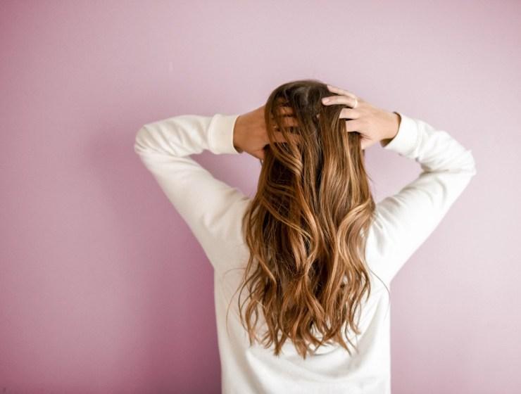 kako prirodno ojačati kosu
