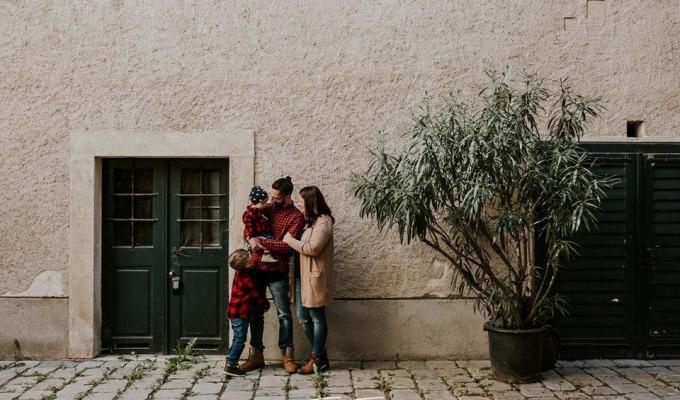Sveta obitelj uči o roditeljstvu