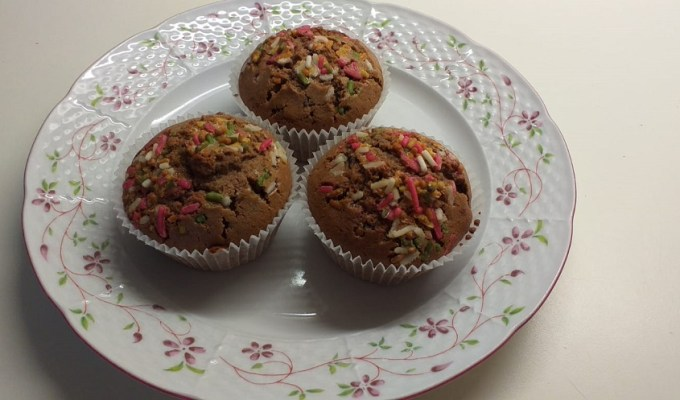 muffini s čokoladom i kupinama