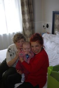Poiana Brasov Rizo hotel - grandmothers & baby