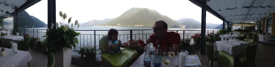 Como Lake with kids - restaurant