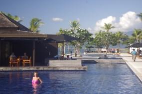 The pool at Hilton