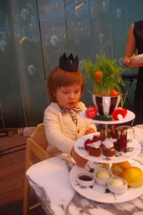 Easter in London with kids: Sanderson Mad Hatter Tea