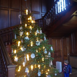 Chelsea for kids - Christmas at Kensington Palace