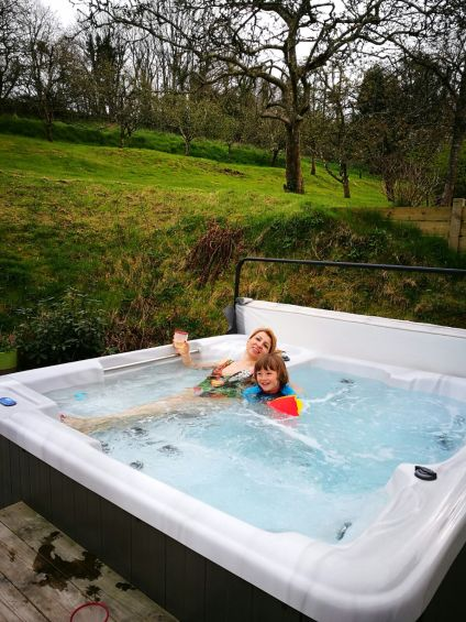 luxury cottages Cornwall with hot tub - Kilminorth cottages