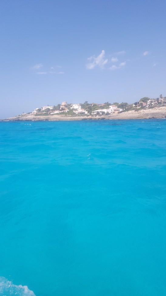 Balearics like a local: sailing in Menorca with kids and babies