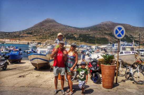 Egadi islands Sicily - Ferry Trapani to Favignana - Yay we have arrived!