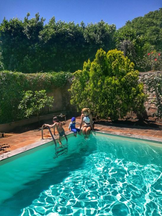 Palermo with kids: villa with swimming pool Mondello