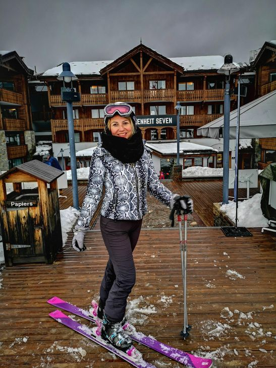 Courchevel 1650 ski in ski out hotel : Fahrenheit 7